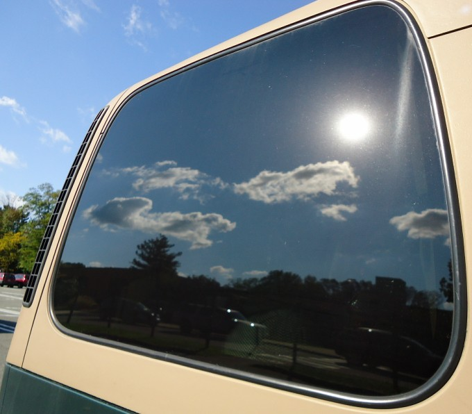 Valuable tips on tinting car windows with a spray - My shiny car